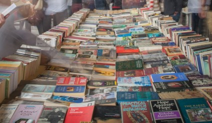 Book-stall-South-Bank